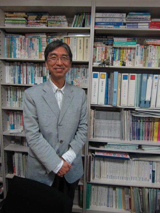 Accountant Mitsuo Tsuchida, photographed by Judit Kawaguchi