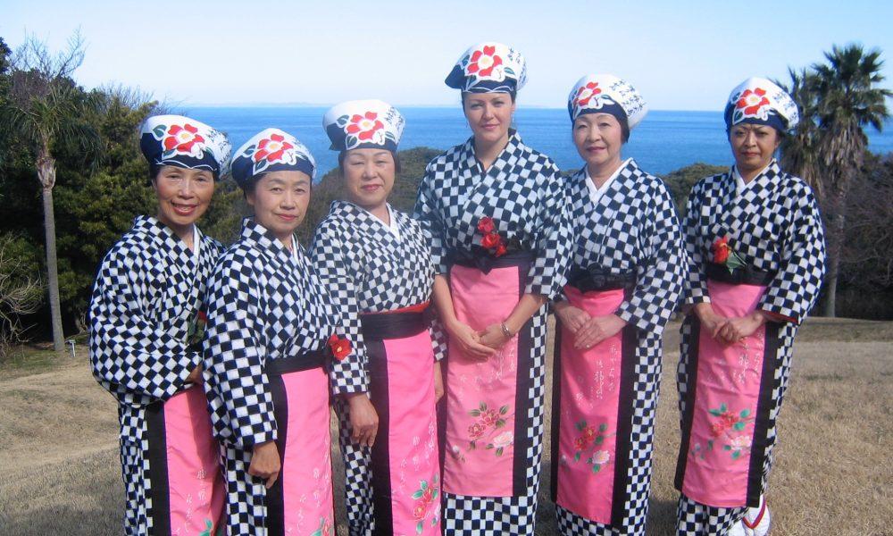 Judit at the Izu Oshima Tsubaki Matsuri