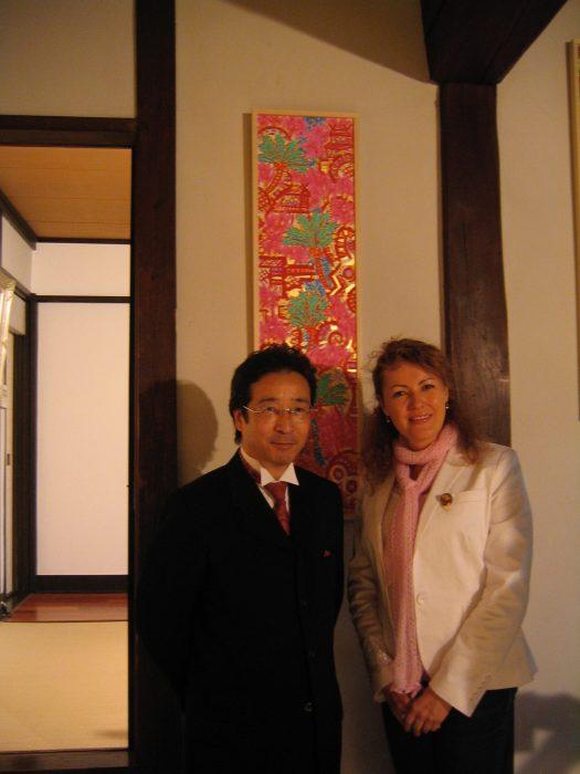 Japanese artist Rei Torii & journalist Judit Kawaguchi at his exhibition in August 2006 in Tokyo