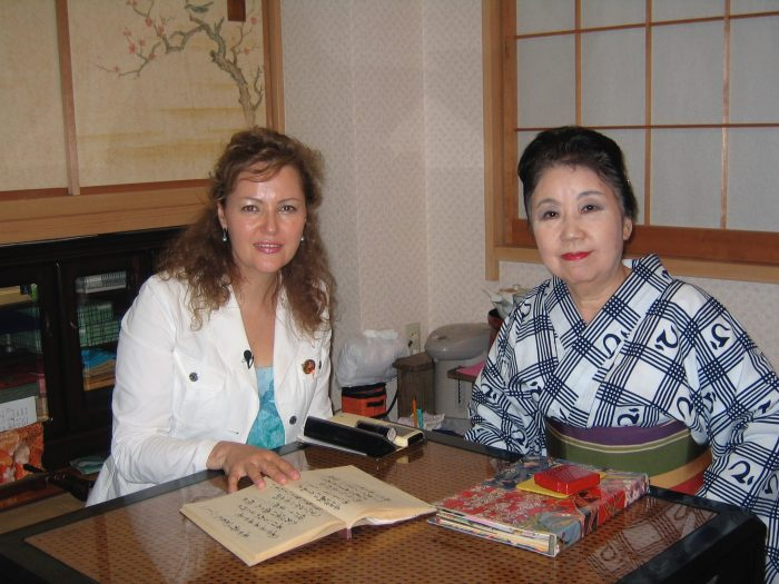 Folk singer and shamisen player, Suzue Akashi on the right, with journalist & TV reporter Judit Kawaguchi, who featured Akashi sensei for her NHK TV report.