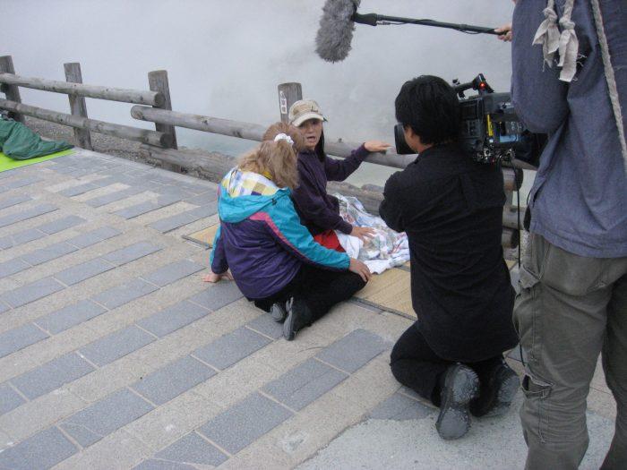 Judit Kawaguchi interviewing guests @ Tamagawa onsen