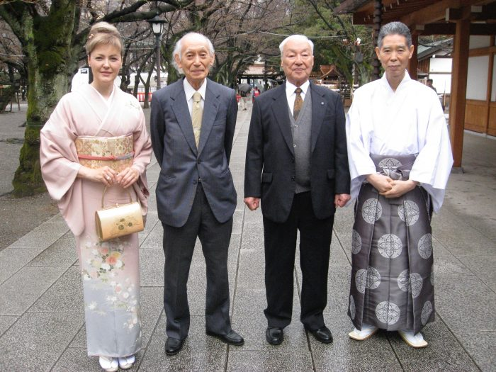 Judit Kawaguchi, two ohka pilots & shrine master @ Yasukuni